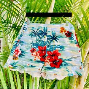 floral print short. PRICE IS FIRM